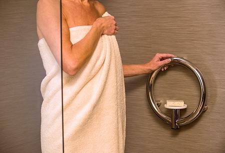 Invisia-Soap-Dish-with-Grab-Bar