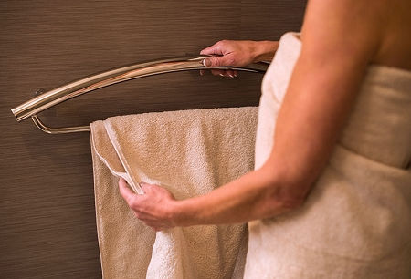 Invisia-16-inch-Towel-Bar-with-Integrated-Grab-Bar
