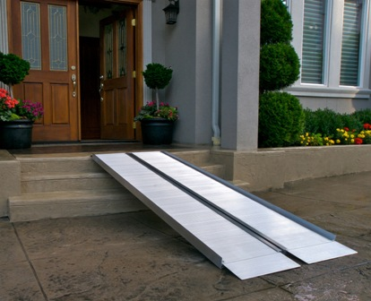 EZ - Access 2 FT Suitcase Ramp Signature SS2